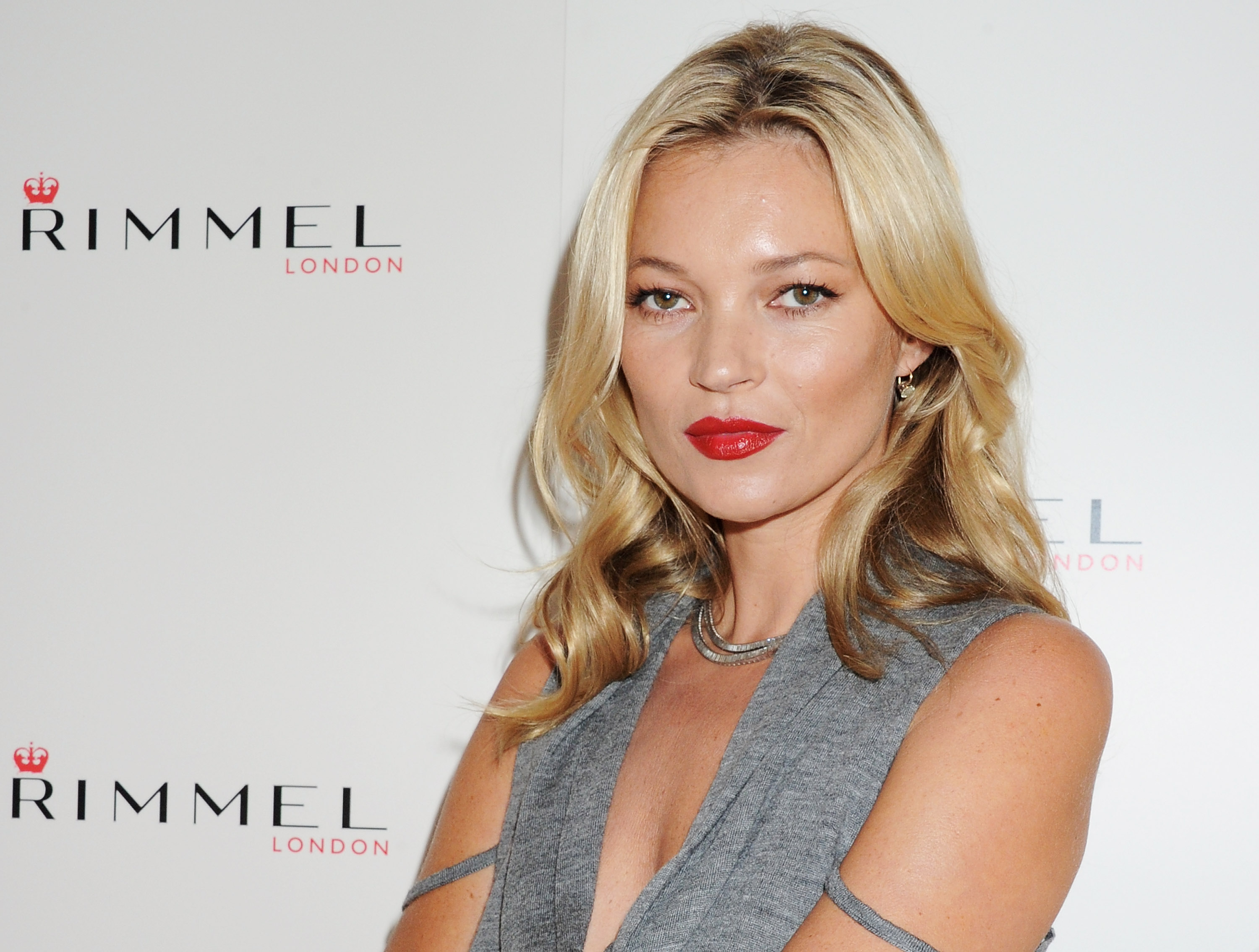 Kate Moss's daughter got her first ad campaign, and she looks *just* like her mom