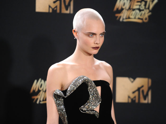 """Cara Delevingne debuted a gorgeous """"head tattoo"""" at the ..."""
