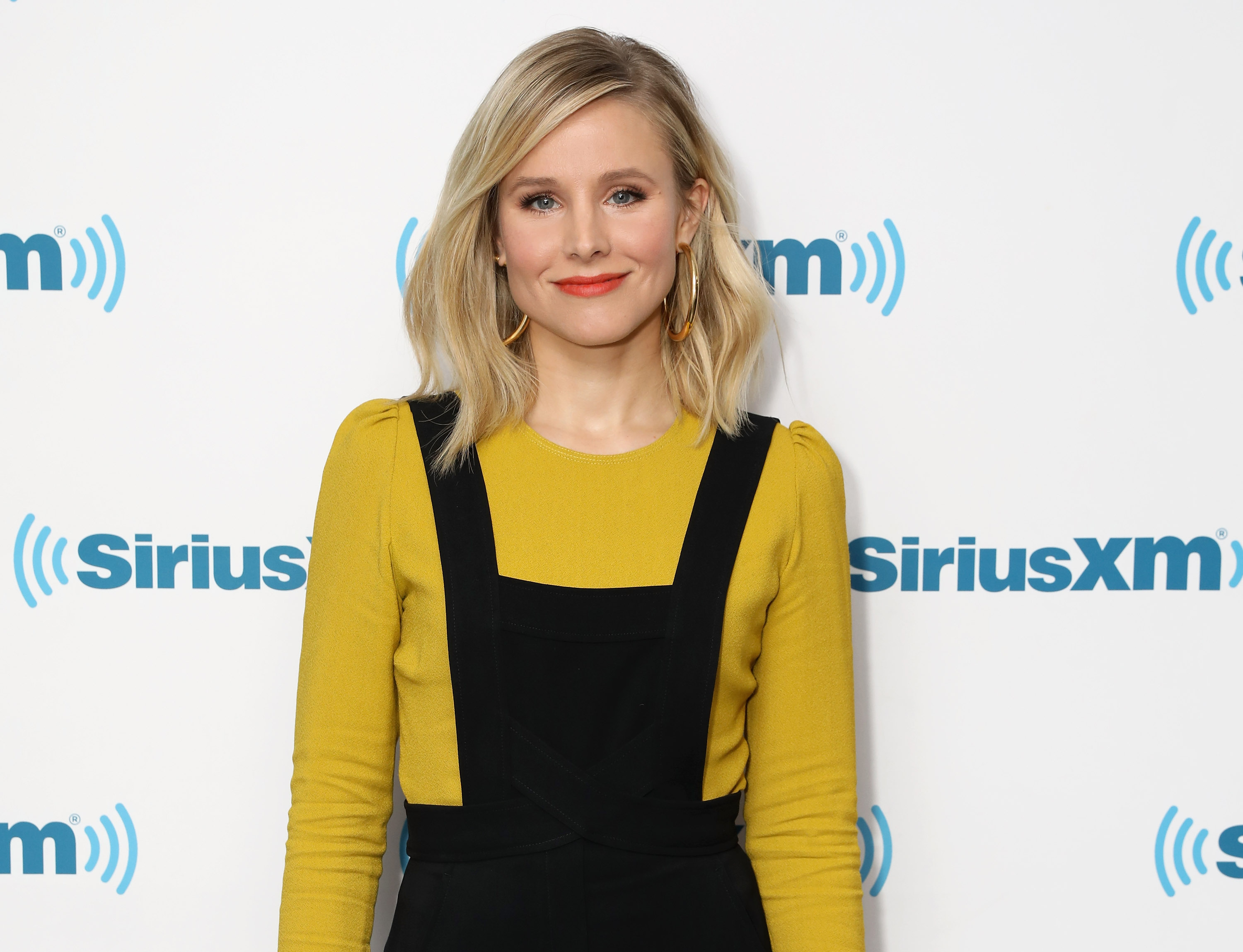 "Kristen Bell's ""stacked petal"" sandal is the trend you're going to see everywhere this summer"