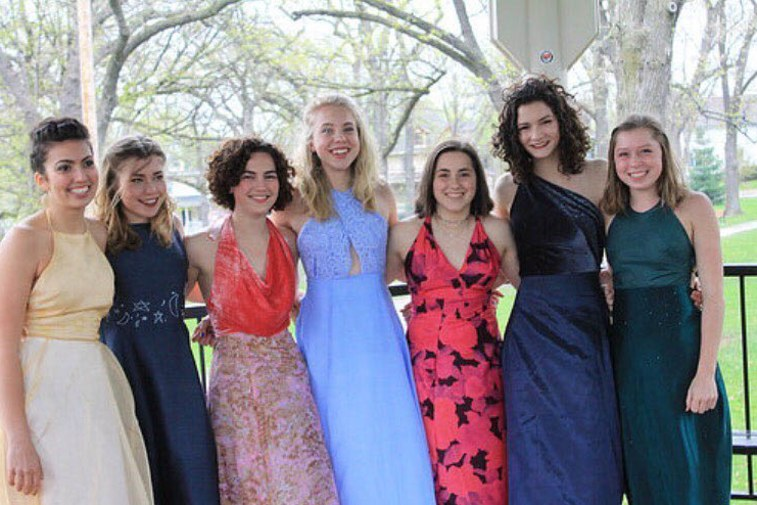 This teen made prom dresses for herself and six friends, and each dress is uniquely beautiful