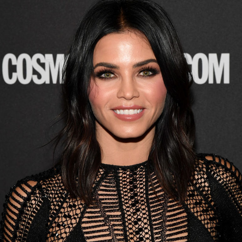 Jenna Dewan Tatum's shorts suit is bringing '60s glam back to our lives