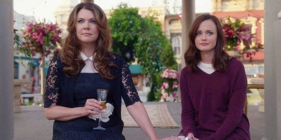 "Here's who Lauren Graham thinks is the father of Rory's baby on ""Gilmore Girls"""