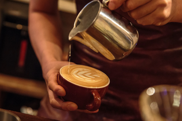 Soothing videos of latte art being made are our new meditation go-tos