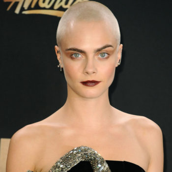 Cara Delevingne's turquoise hair makes her look like a lip syncing mermaid