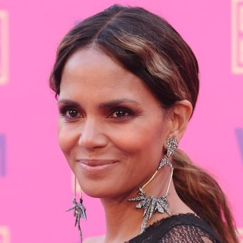 "We're all about Halle Berry's ""no fear"" nude pic on Instagram"