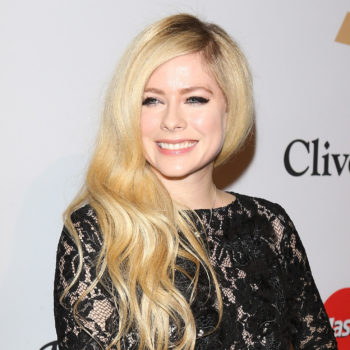 Avril Lavigne was hit with a wave of doppelgänger jokes (and a conspiracy theory)
