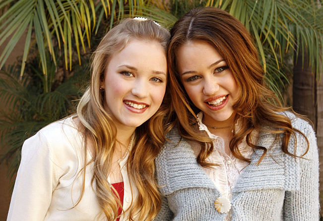 "Well, at least one former ""Hannah Montana"" star is down for a revival, but only under these conditions"