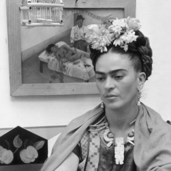 This Brazilian artist created Frida Kahlo's face from clay in the most mesmerizing way
