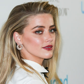 """Amber Heard is giving us sci-fi Ariel vibes in her first """"Aquaman"""" photo!"""
