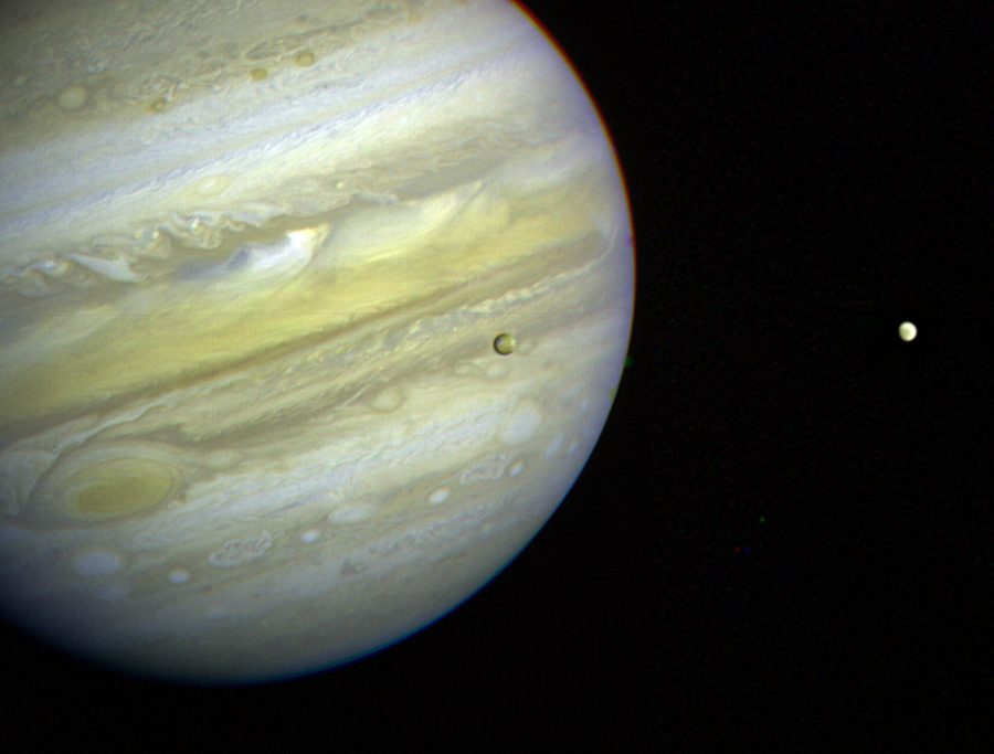 These dreamy new photos from Jupiter make us want marble planet prints to take over fashion