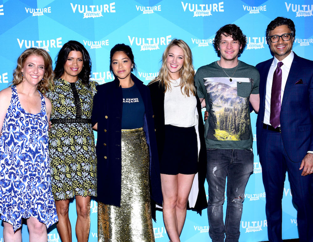 "The cast of ""Jane the Virgin"" recalled THAT tragic character's death, and grab the tissues"