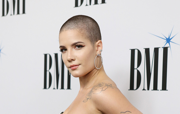Halsey proved that the bra is the new crop top at the Billboard Music Awards