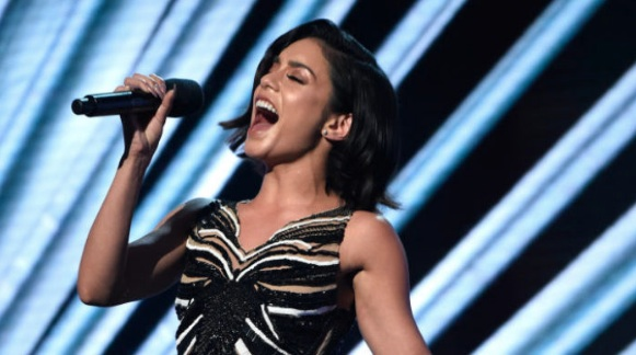 "Vanessa Hudgens rapping Nicki Minaj's ""Monster"" at the Billboard Music Awards just made our day"