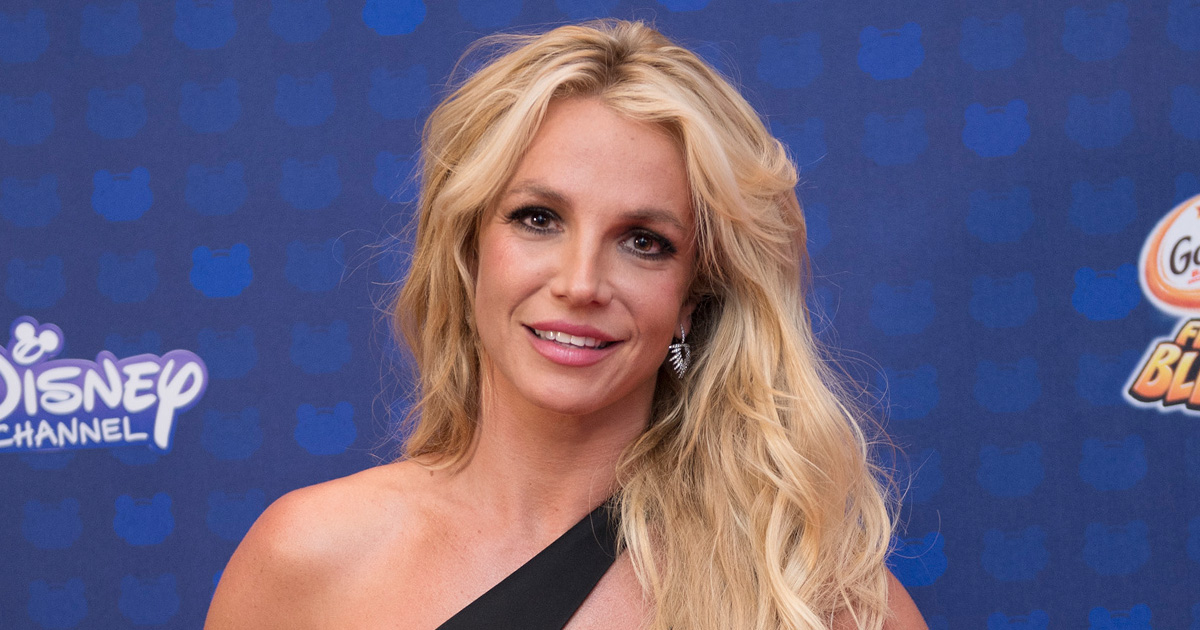 Britney Spears has been holding more home fashion shows, and we're totally obsessed