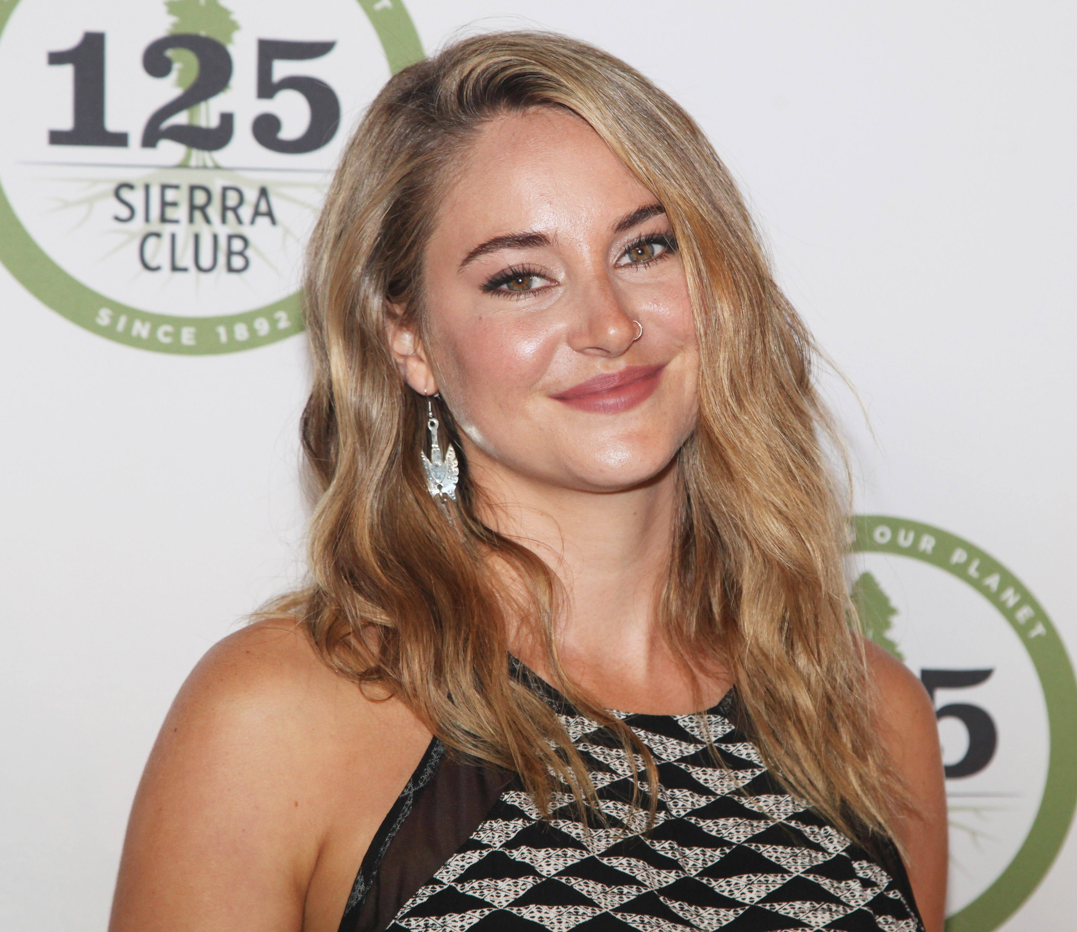 "Everything to know about ""smudging"" — the technique Shailene Woodley used to go blonde"