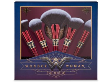 Run, don't walk: Luxie Beauty's Wonder Woman collection is available for pre-sale
