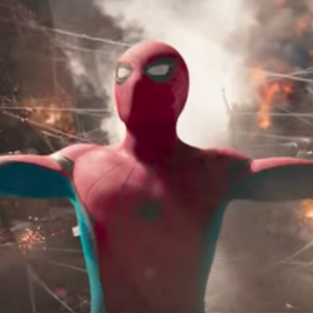 "Peter Parker is the biggest Avengers fanboy in the ""Spider-Man: Homecoming"" international trailer"