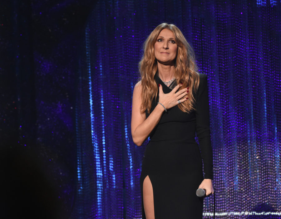Céline Dion paused in the middle of her Las Vegas show to pay tribute to those affected by the Manchester bombing