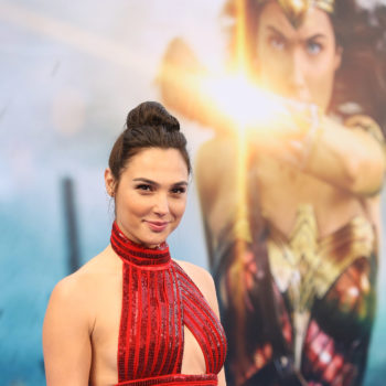 "Gal Gadot just posed with the OG Wonder Woman, Lynda Carter, at the ""Wonder Woman"" L.A. premiere"