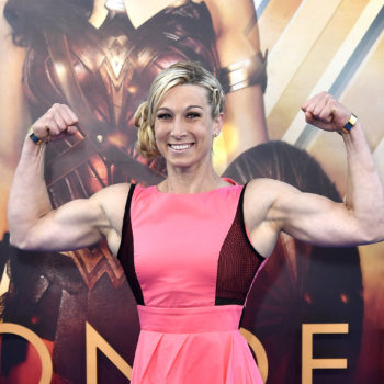 "This stunt woman was the best thing that happened to the ""Wonder Woman"" premiere"