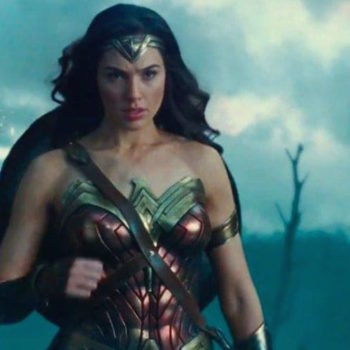 "A theater offered one women-only screening of ""Wonder Woman,"" and the internet had thoughts"