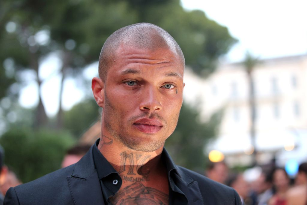 "Former ""hot felon"" Jeremy Meeks walked the runway at Cannes, hung out with Paris Hilton"