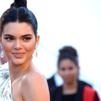 Kendall Jenner's bathtub pic seems to pay homage to these iconic '90s supermodels