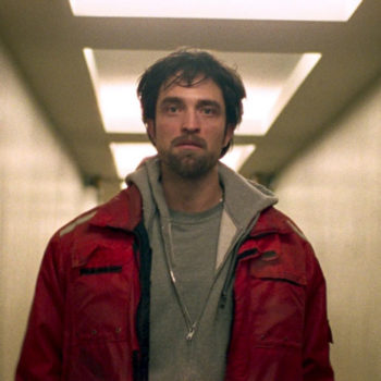 "Robert Pattinson is taking on a very un-Edward-like role in his new movie ""Good Time"""