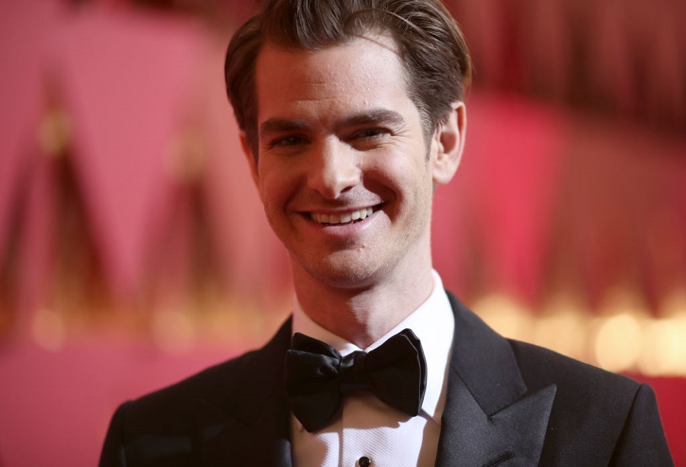 Andrew Garfield did a backflip while dressed as Whitney Houston at a drag show