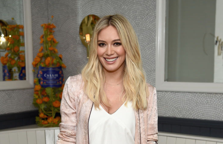 Hilary Duff's zip-front sports bra is currently on sale at Aerie