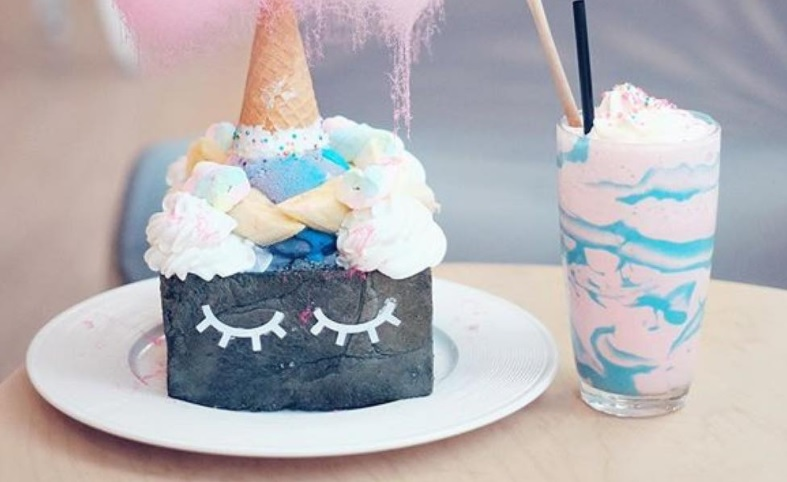 This cafe sells unicorn toast that looks like actual unicorns