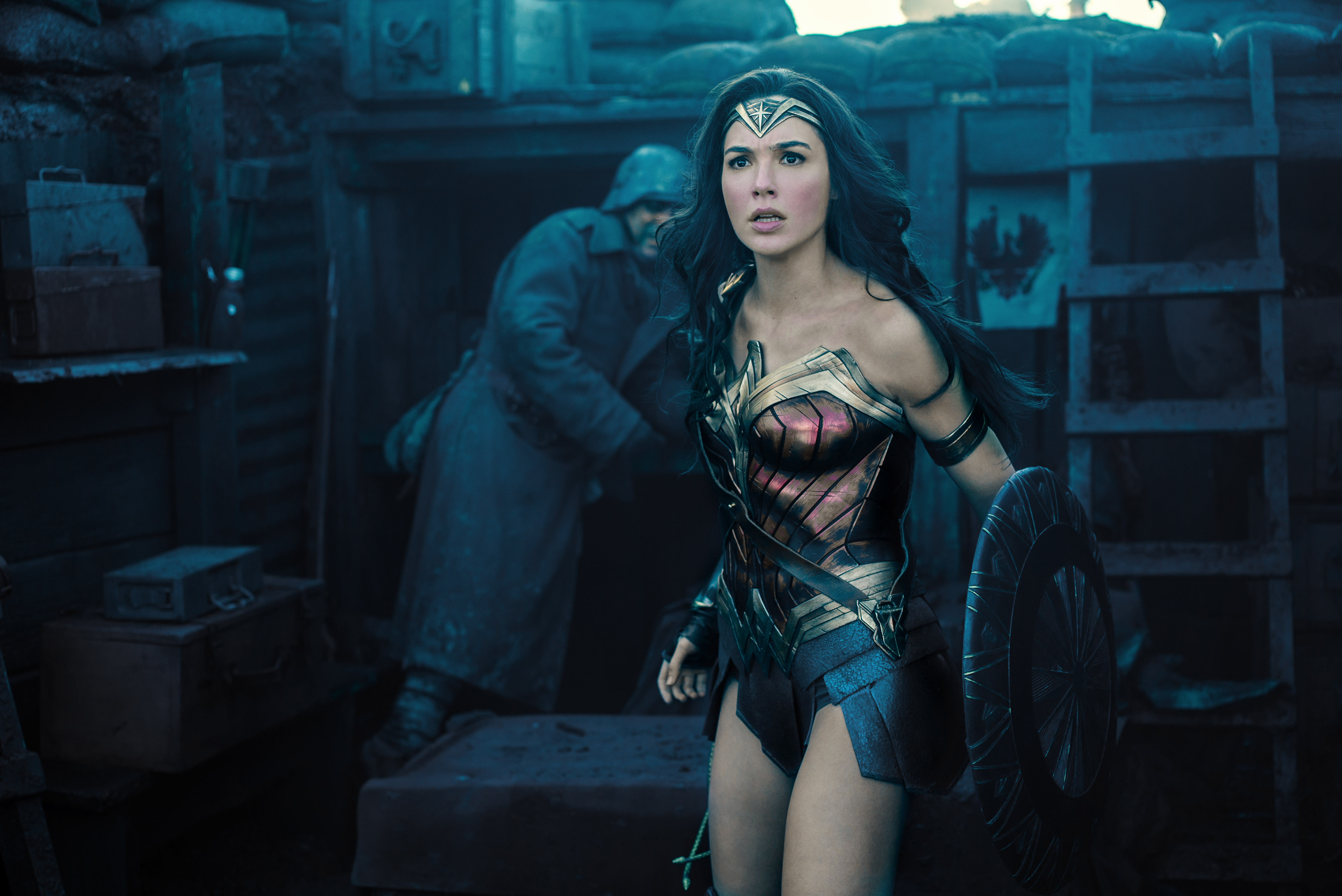 "Austin's Mayor responded *perfectly* to a dude about ""Wonder Woman"" all-female screening, because not all heroes wear capes"