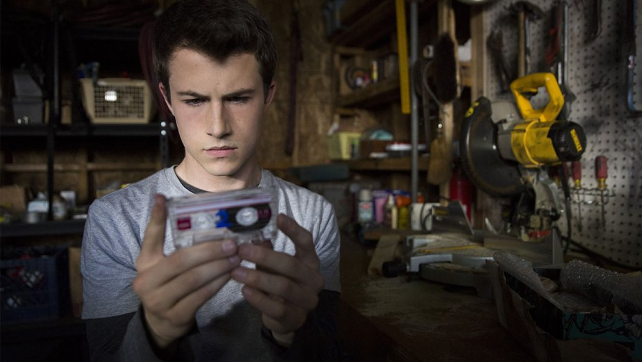 "The ""13 Reasons Why"" cast just dropped new scoop on season 2"