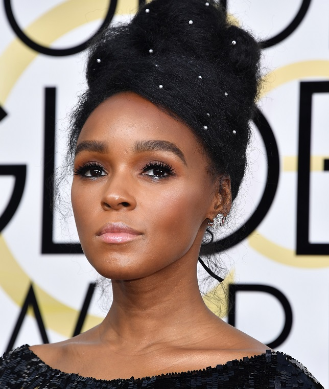 Janelle Monae looked like a Snapchat filter at the CFDA Fashion Awards