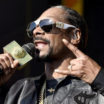 Snoop Dogg at his daughter's graduation is that embarrassingly proud dad we all know