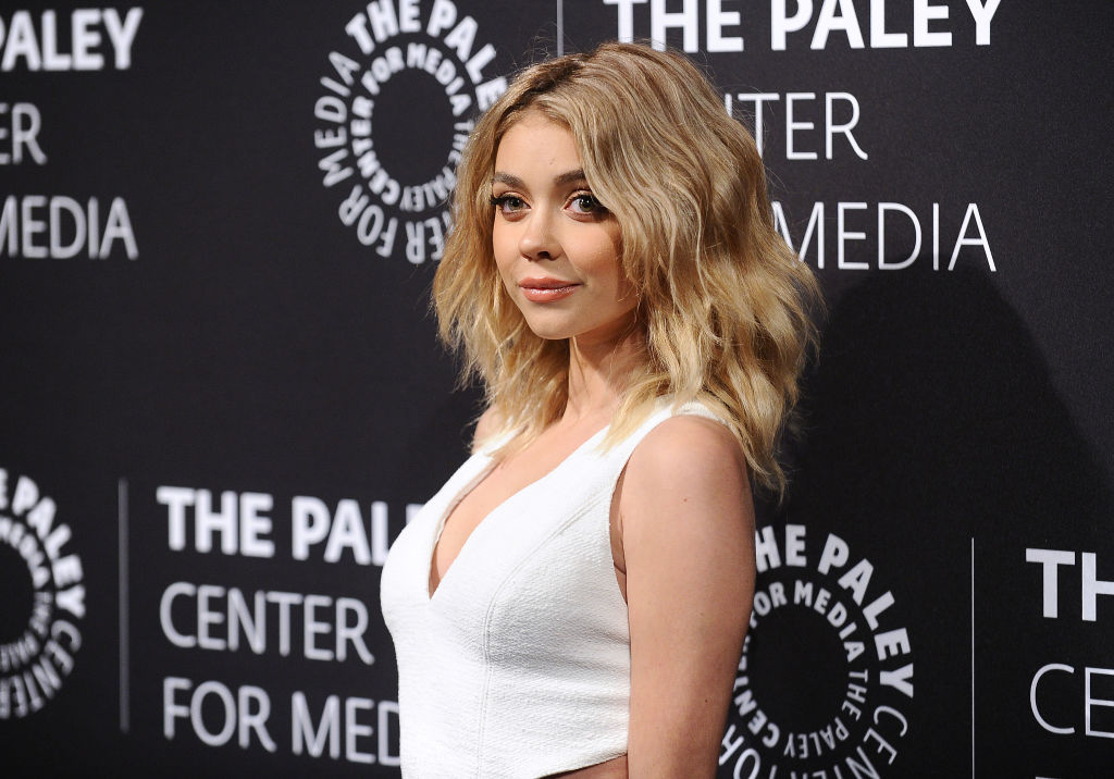 Sarah Hyland just made icy gray on black our new favorite color combo