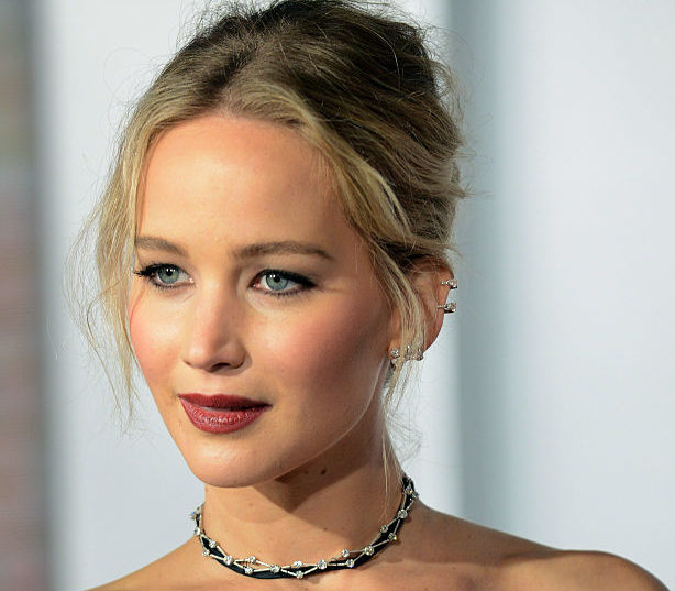 Jennifer Lawrence just survived an extremely scary experience in the sky