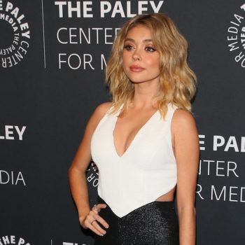 Sarah Hyland is supporting Pride this weekend, and we're supporting her awesome rainbow gear