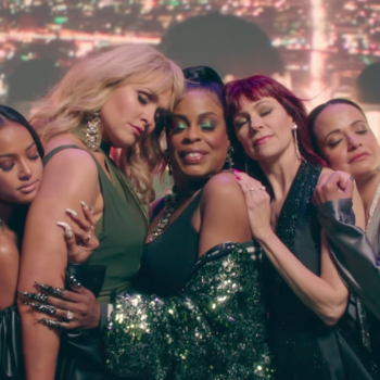 """Mary J. Blige teamed up with the badass ladies of """"Claws"""" for a new music video"""