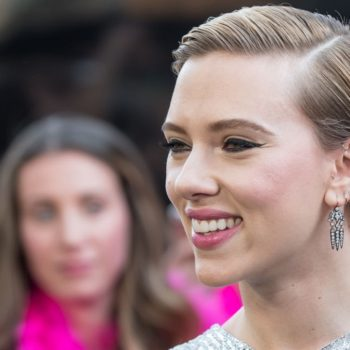 """Scarlett Johansson wants people to know that """"Rough Night"""" isn't a stereotypical """"chick flick"""""""