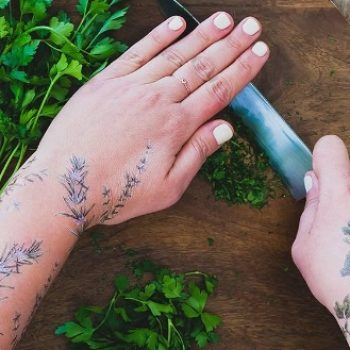 These new temporary flower tattoos smell like real flowers