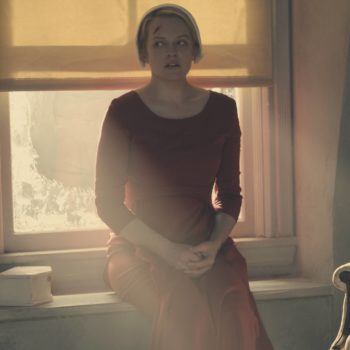 """This is the empowering moment from """"The Handmaid's Tale"""" finale that brought us to tears"""