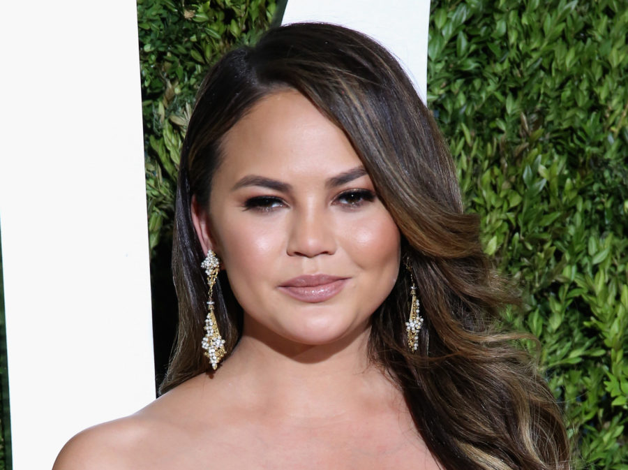 Chrissy Teigen opens up about her struggle with anxiety, makes us feel less alone