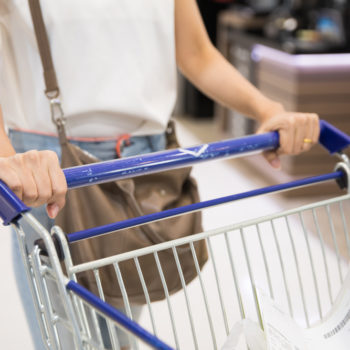 Don't be scared, but this is how many germs live on your grocery shopping cart
