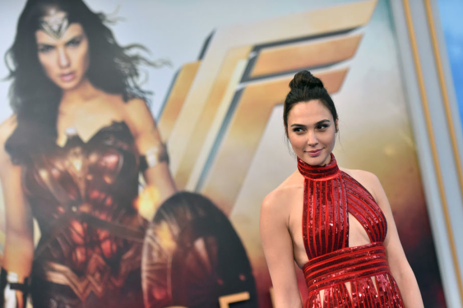 Gal Gadot wore $30 platform flip flops under a glamorous gown and is our hero