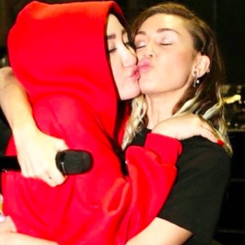 Miley Cyrus promoted sister Noah's new music in the most low-key, cool-girl way