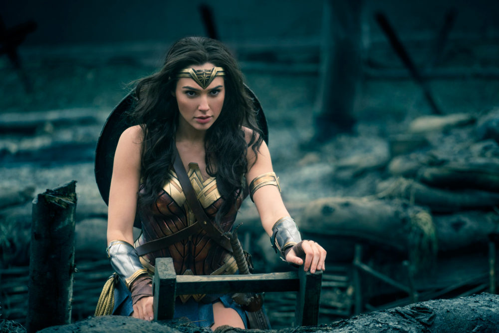 """Gal Gadot's salary for """"Wonder Woman"""" was criminally low ..."""