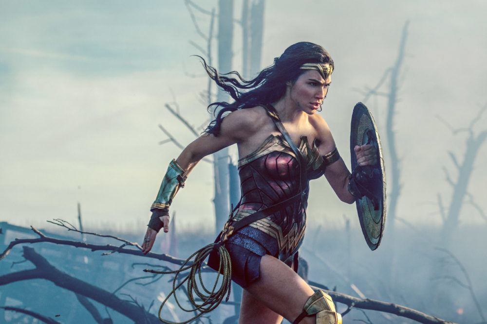 Does this woman realize she looks exactly like the fashion version of Wonder Woman?