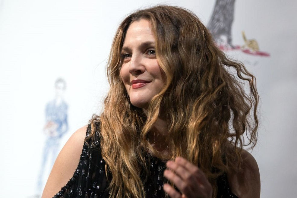 Drew Barrymore just made the most perfect surprise cameo in SZA's latest music video