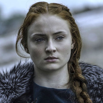 """Sophie Turner shared how Sansa Starks' hair actually reflects what she's going through in """"Game of Thrones"""""""